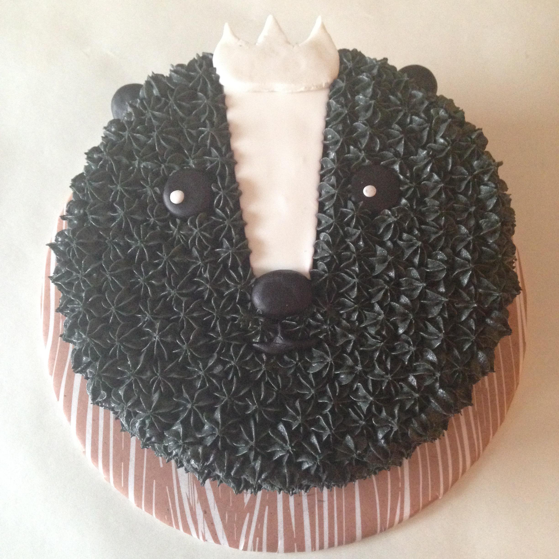 hibernators cakes - skunk cake