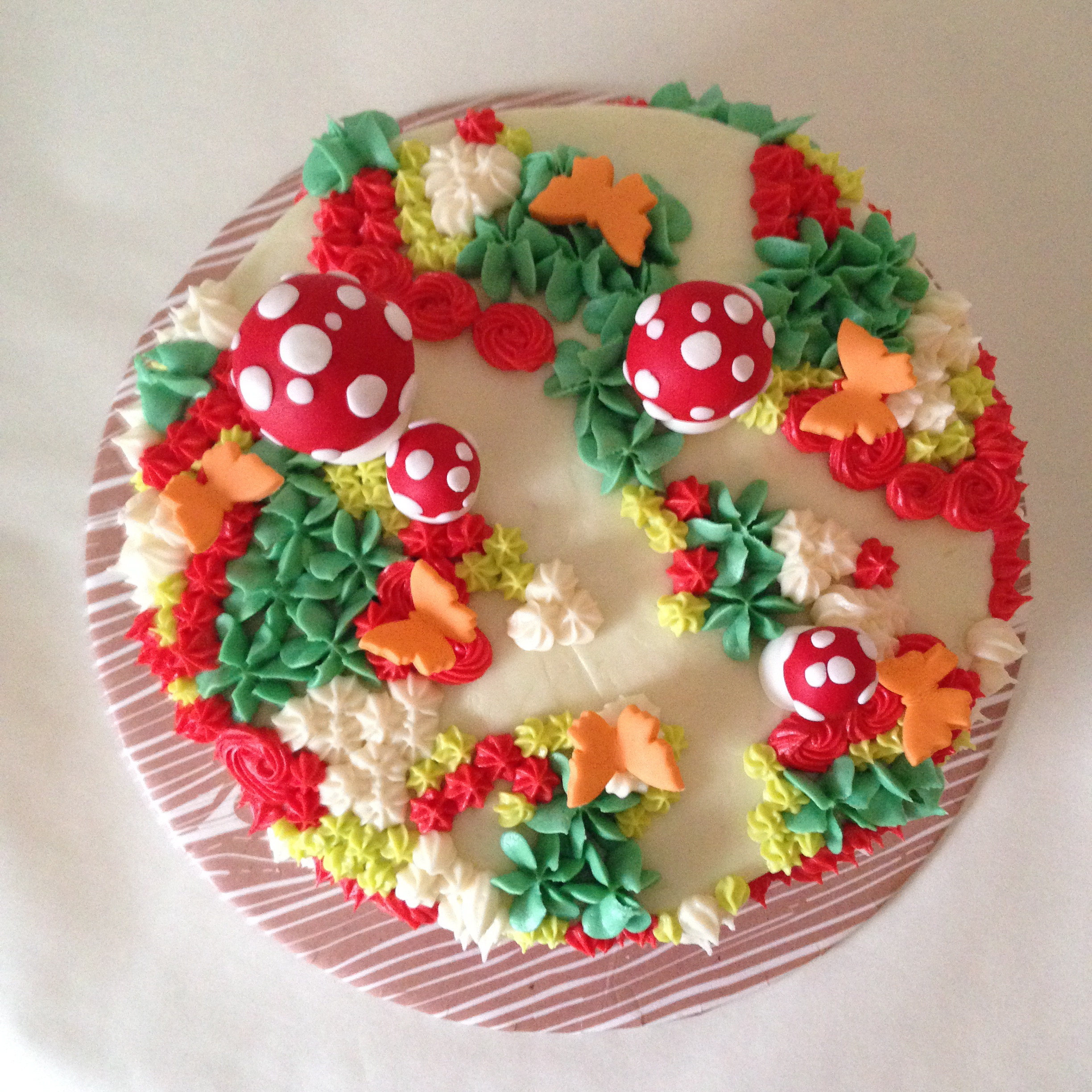 floral fairy toadstool cake