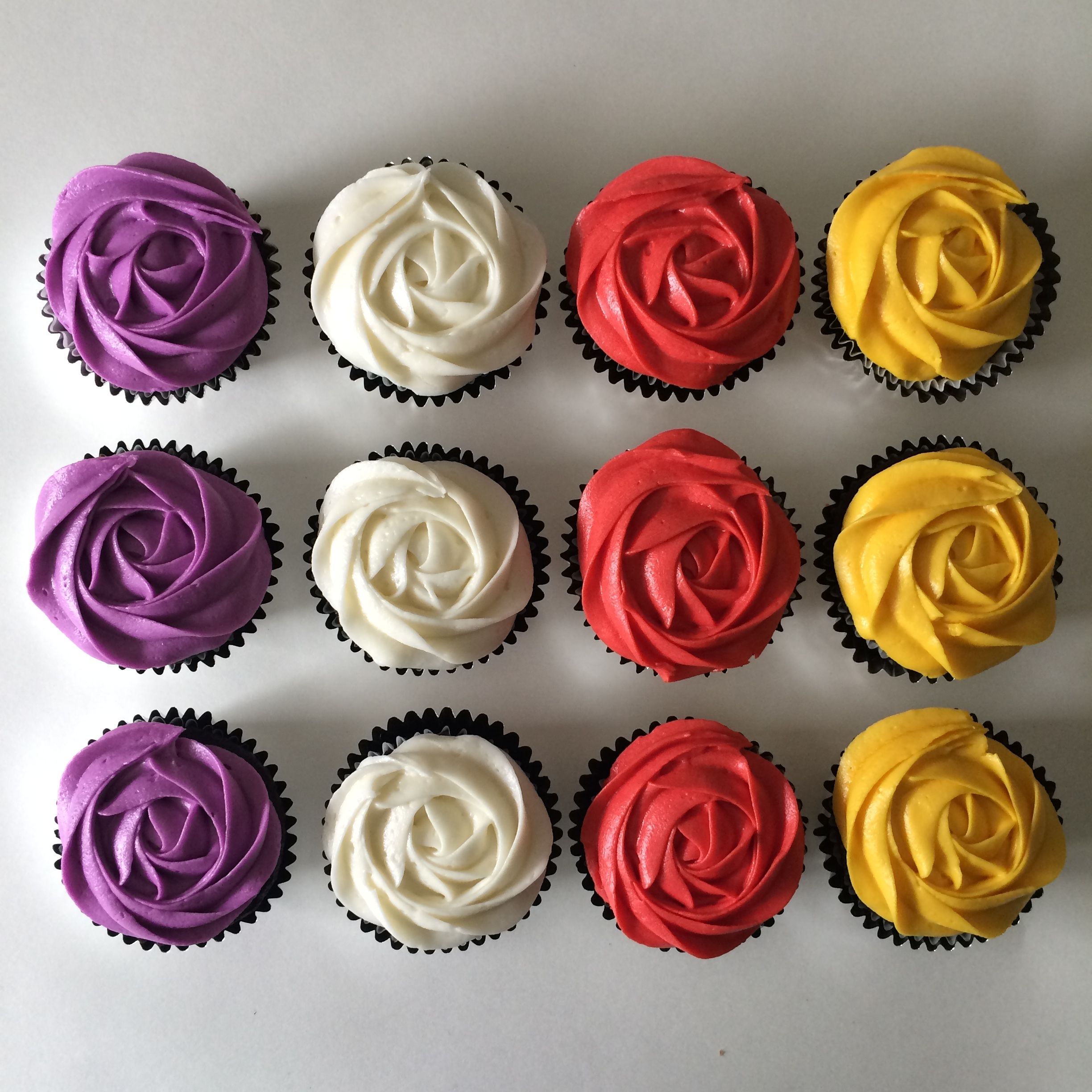 carrot + cream rose cupcakes